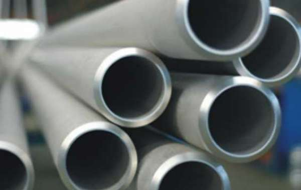 What are the forming elements of austenitic stainless steel seamless pipe?